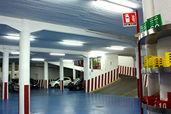 garage green parking